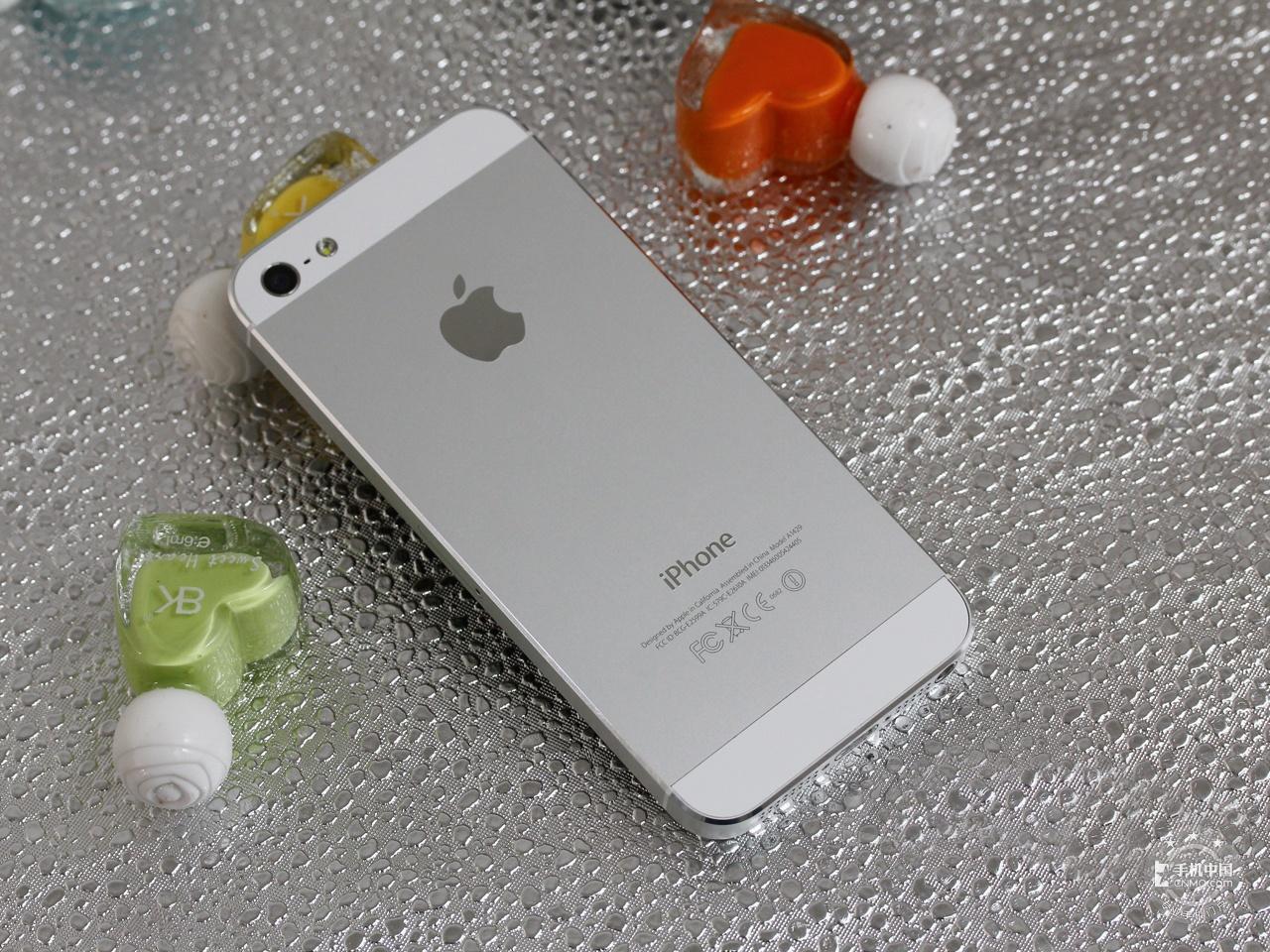 苹果iPhone5(联通版)整体外观第5张