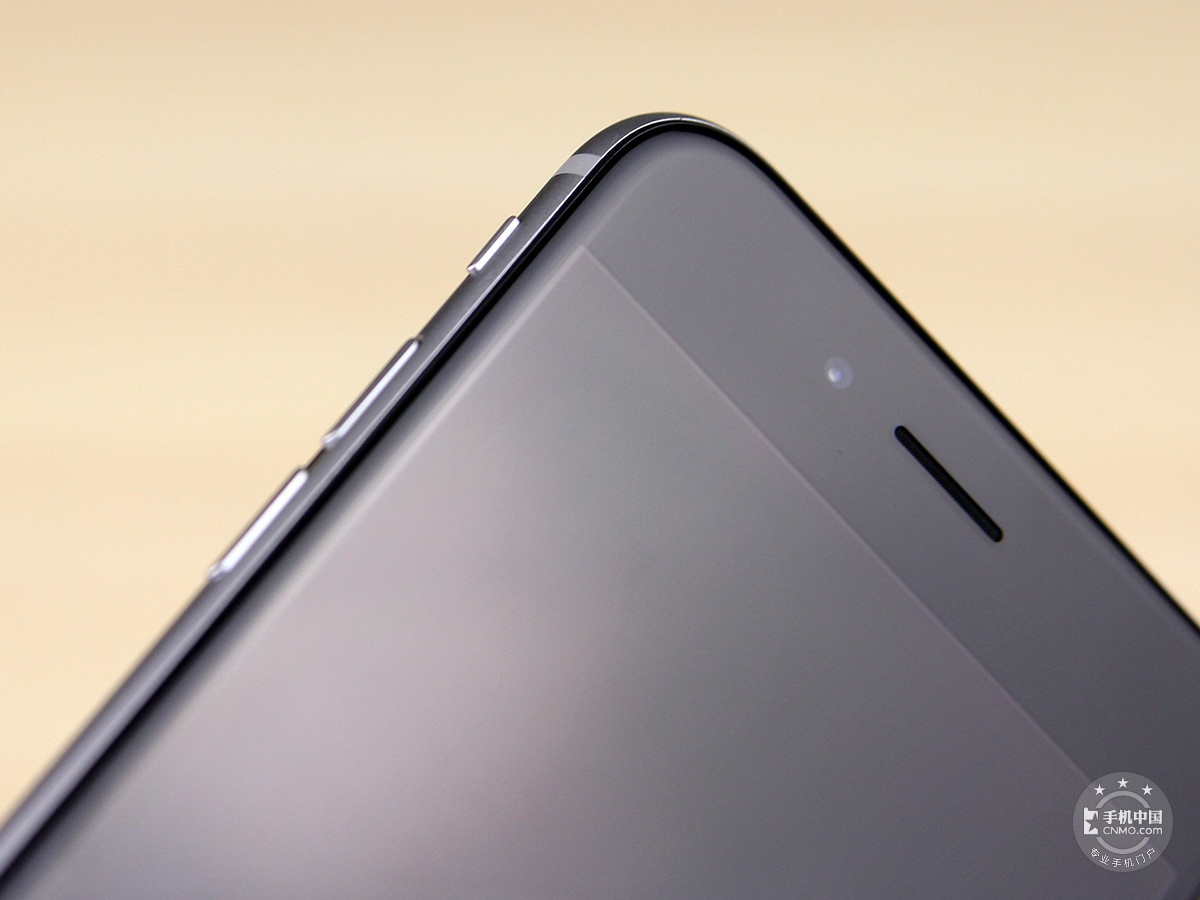 苹果iPhone6(128GB)机身细节第1张