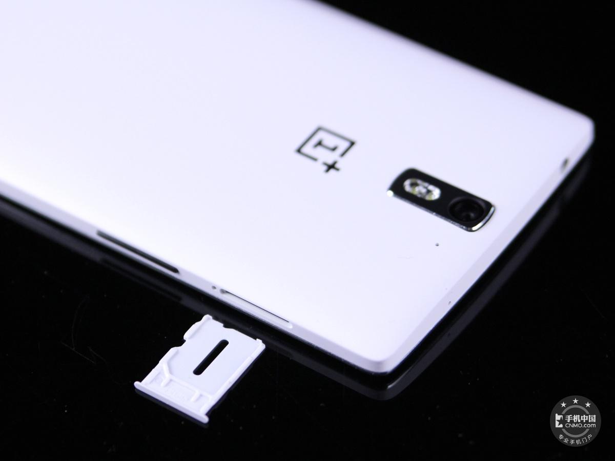 一加手机(64GB/联通版)机身细节第7张