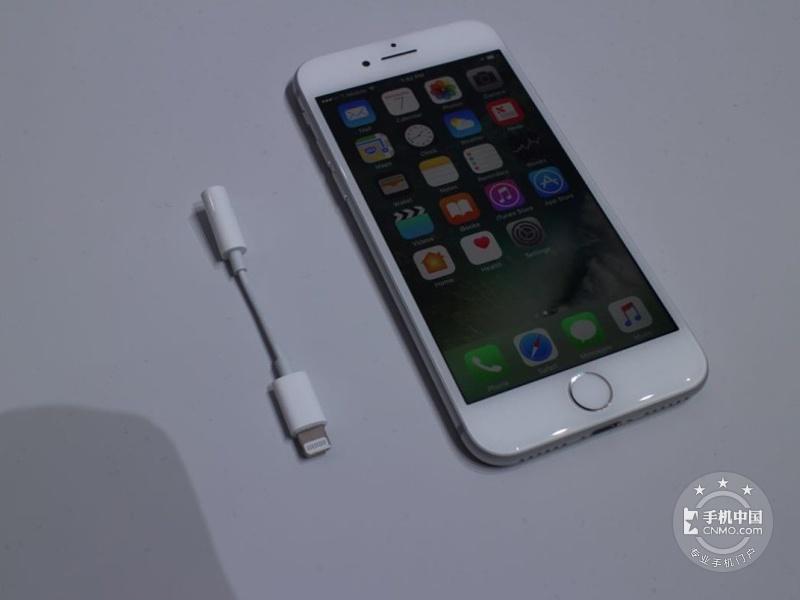苹果iPhone7(256GB)整体外观第2张