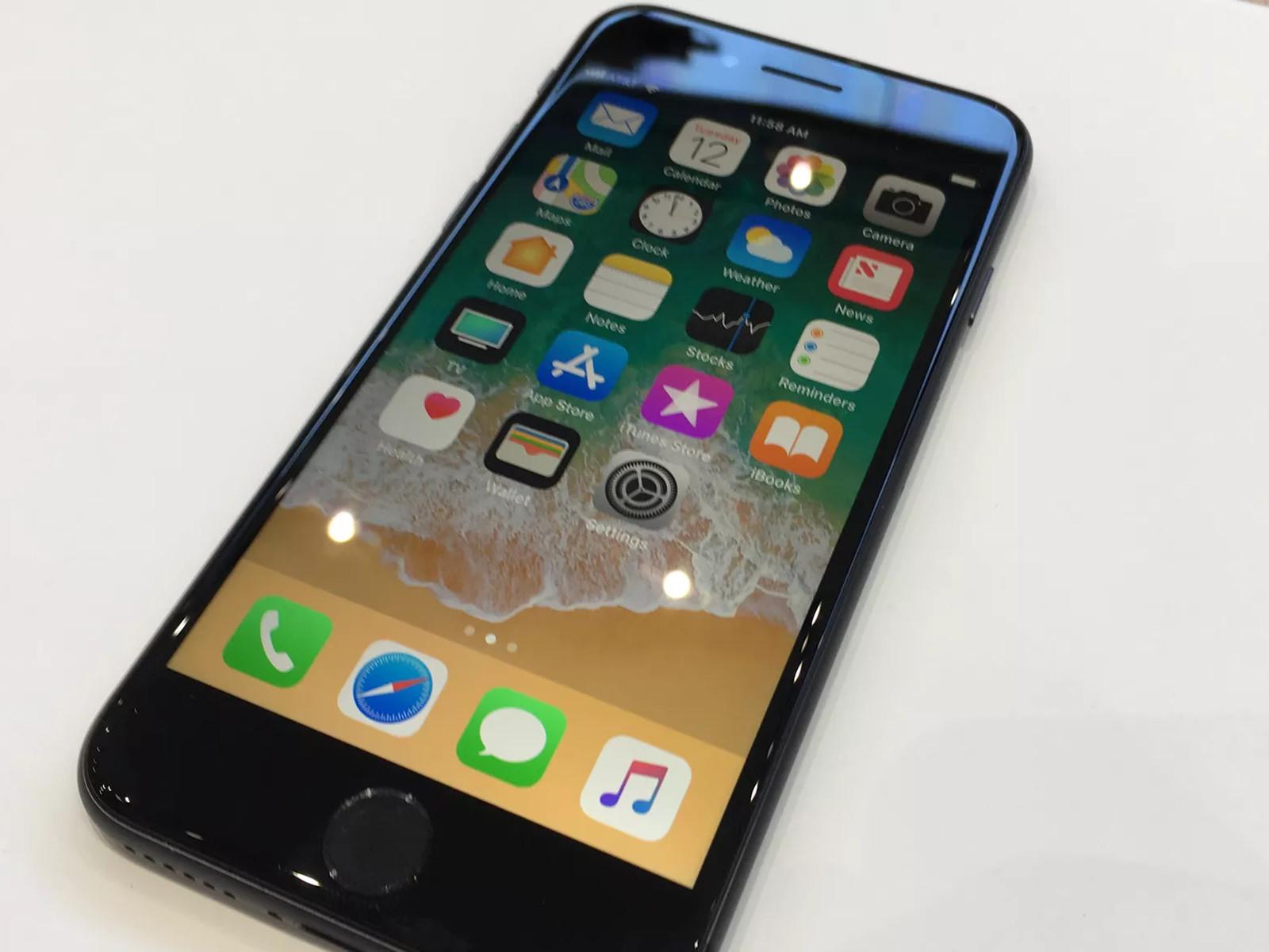 苹果iPhone8(256GB)机身细节第4张