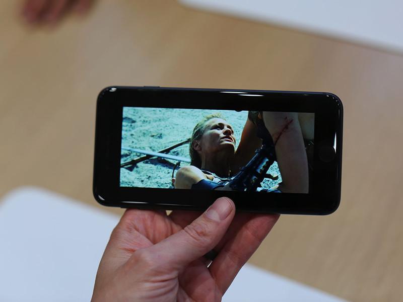 苹果iPhone8(256GB)整体外观第7张