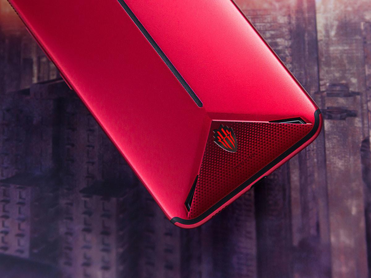 努比亚红魔3电竞手机(8+128GB)机身细节第4张