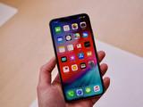 苹果iPhone XS(512GB)整体外观第4张图