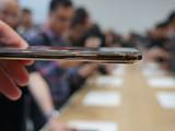 苹果iPhone XS(512GB)机身细节第3张图