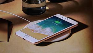 【苹果iPhone 8】iPhone 8将在2017年9月13日凌晨发布,苹果终于发布了一年一度重磅旗舰,iPhone8/8 Plus,此次iPhone8延续了上一代的圆角风格